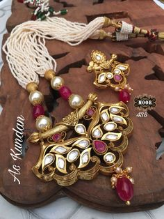 Kundan necklace available at #Ankhjewels. For booking msg on +91 9619291911