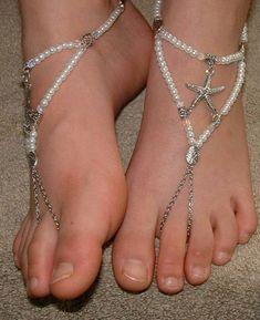 Cute Toes, Pretty Toes, Feet Soles, Women's Feet, Silver Wigs, Joss Stone, Foot Pics, Barefoot Girls, Foot Toe