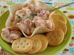 Summer Spicy Shrimp Salad in Tortilla Cups/Bowls. Save lots of calories and put this good shrimp salad on top of crisp head lettuce. Appetizer Dips, Appetizer Recipes, Appetizer Party, Seafood Appetizers, Spicy Shrimp Salad, Cooked Shrimp, Shrimp Dip, Crab Salad, Mousse