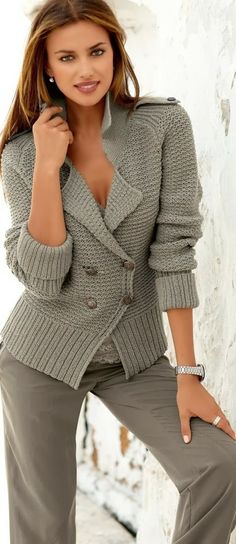 Coat color ladies button sweater