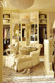 Luxury Wardrobe / Dressing Room
