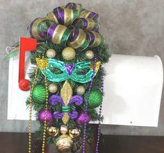 Mardi Gras Mailbox swag, Mardi Gras Decor, Mardi Gras Swag, Mardi Gras Beads, Mardi Gras Mask, Purple Gold Green, Fleur De' Lis, Mardi Gras by SouthernCharmFlorals on Etsy