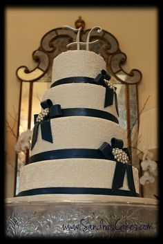 Navy blue wedding 2, via Flickr. - Sandras Cakes by Sandra Durbin