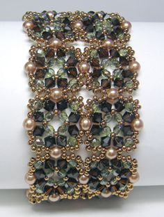 Tuscan Cuff - a beautiful #beaded #bracelet