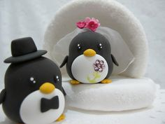 penguin cake topper. This is gonna happen!!