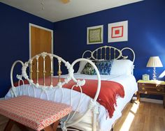 Bedroom Design, Midcentury Bedroom With Classic Double Bed Design With White Quilt And Pillow Color Also Scarlet Bed Scarves Also Blue And B...