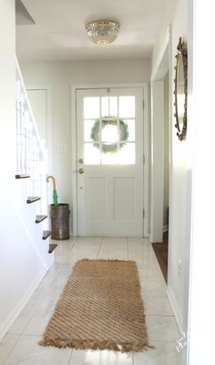 pretty foyer makeover with easy to do ideas