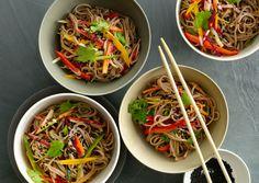 Cold Sesame Noodles with Summer Vegetables Recipe - Bon Appétit Cold Sesame Noodles, Cold Noodles, Seasame Noodles, Yummy Noodles, Asian Noodles, Quick Recipes, Asian Recipes, Ethnic Recipes, Pasta Salad Recipes