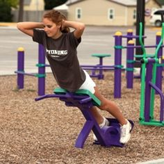 Outdoor Fitness Back Extension Course