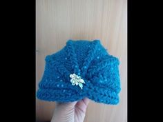 Turban tricotat - YouTube Crochet Scarves, Crochet Hats, Make It Yourself, Knitting, Children, Youtube, Crafts, Fashion, Knitting And Crocheting