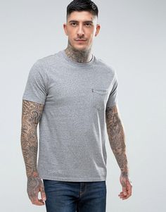 Get this Levis's knit t-shirt now! Click for more details. Worldwide shipping. Levis Sunset Pocket T-Shirt Grey Heather - Grey: T-shirt by Levi's, Breathable cotton jersey, Crew neck, Short sleeves, Chest pocket, Regular fit - true to size, Machine wash, 100% Cotton, Our model wears a size Medium and is 185.5cm/6'1 tall. Famed for their 501 jeans, Levi's have been the garment of choice for cultural movements throughout the 20th century, with over 100 years experience in denim. Levi's pride…