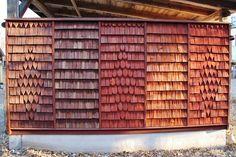 tjära fasad - Sök på Google Isolation Facade, Hot Tub Room, Bamboo Building, Wooden Facade, Red Houses, Timber Roof, Cedar Shingles, Log Cabin Homes, Architectural Elements