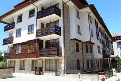 Fabulous opportunity to purchase this lovely, ready to use, 1 bed apartment in Cedar Lodge Bansko fo Water Boiler, Spa Center, Shower Units, Corner Table, 1 Bedroom Apartment, Wall Mounted Tv, Cupboard Storage, Dining Table Chairs, Apartments For Sale