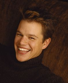Image gallery matt damon smile for Matt damon young