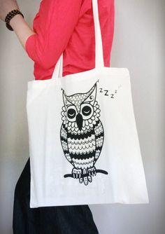 Shopping Bag   Graphic Print   black & white   OWL