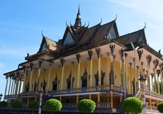 Come see the 100 pillars pagoda, one of the oldest pagoda with lots of history in Kratie with CRDTours  #pagoda #temple #architecture #buddhism #travel #traveller #cambodia #kratie