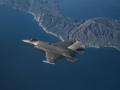 Here's how brand new pilots are learning to fly the F-35