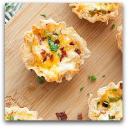 Cheesy Jalapeno Popper Dip Phyllo Cup Bites