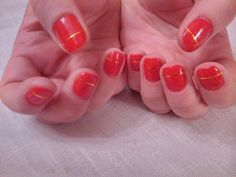 #red #gold #manicure #elegant #classic #hands #Christmas