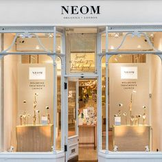 Wellbeing fragrance brand Neom Organics launches Neom Wellbeing Spa Treatments