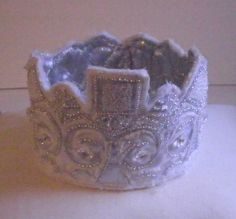 www.lillegitte.blogspot.com Crown, Cake, Jewelry, Corona, Pie, Jewels, Kuchen, Schmuck, Cakes