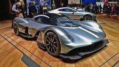 Red Bull & Aston Martin presenteren de Valkyrie - WhatmattersWhatmatters