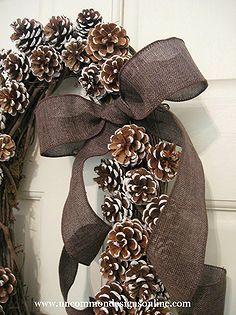 pine cone snowy wreath, crafts, wreaths