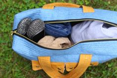 I am bursting at the seams happy about this new duffle pattern: the Cargo Duffle! The lovely folks at Robert