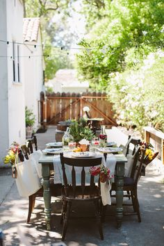 #RomanticHomes #Flea Market Decor Magazine 2012  Design and Styling: PJ Rude of Milk Glass Vintage Rentals www.milkglassvintagerentals.com  Photography: Jennifer Skog of Jennifer Skog Photographers www.jenniferskog.com  Cater: Danielle of Against All Grain, http://www.againstallgrain.com/