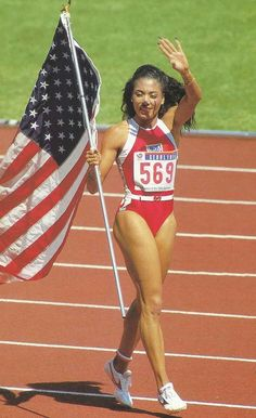 Florence Griffith, also referred to as: 'Flo-Jo. Beautiful Black Women, Amazing Women, Flo Jo, 1988 Olympics, Vintage Black Glamour, Olympic Athletes, Star Wars, African American Women, Track And Field