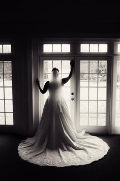 I want a silhouette picture like this in my wedding dress one day