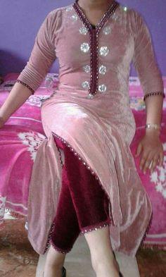 Pakistani Dress Design, Pakistani Dresses, Indian Dresses, Indian Outfits, Kurta Designs Women, Salwar Designs, Designer Punjabi Suits, Indian Designer Wear, Kurta Neck Design