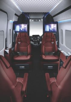 Senzati has taken the Mercedes Sprinter and are offering an interior customization called the Jet Sprinter that turns the inside of the Mercedes into what looks like the luxurious cabin of a private jet. Luxury Van, Luxury Jets, Benz Sprinter, Mercedes Sprinter, Mercedes Van, Sprinter Conversion, Car Repair Service, Van Interior, Best Luxury Cars