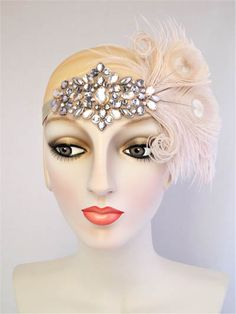 Party Girl Peacock Feather Flapper Headband Gold and Champagne : Accessories : Deanna DiBene Millinery Flapper Headpiece, Flapper Costume, Gold Jewellery, Gold Rings Jewelry, Great Gatsby Fashion, Sell Gold, Antique Gold, New Year Headband, Pearl