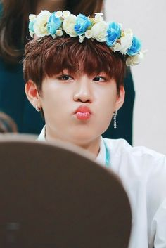Wanna-One - Park Woojin Mode Ulzzang, Let's Stay Together, Ha Sungwoon, Second Season, Seong, Korean Boy Bands, Jinyoung, New Music, Boy Groups