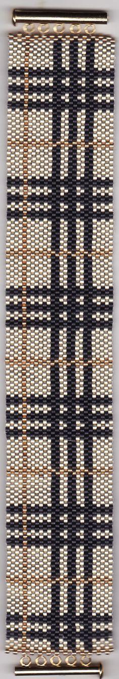 Armband aus Delica Perlen gefädelt