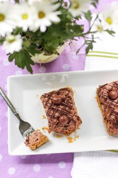 Malted Chocolate Chip Cookie Dough Bars > Willow Bird Baking