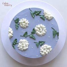 Cake Decorating Frosting, Cake Decorating Designs, Cake Decorating For Beginners, Cake Decorating Videos, Cake Decorating Techniques, Simple Cake Decorating, Buttercream Cake Designs, Royal Icing Cakes, Birthday Cake Decorating
