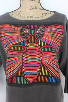 1960's Panamanian Mola Textile Art Tunic Dress This stunning textile art form is called Mola and is from the San Blas Islands of Panama. This is a particularly good example, in my opinion.