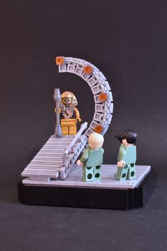 It ´s a Series of builds about the antagonists from Stargate I hope you like it. In this Scene you see Apophis´ first appearance in the very first Episode of Stargate Children of the Gods) Lego Minifigure Display, Lego Tv, Lego Photography, Stargate, Batgirl, Space, Children, Creative, Inspiration