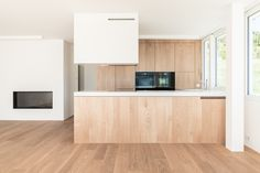 Küche mit Fronten in Kastanie