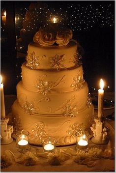 I love the idea of candles around the cake. It makes it so romantic<3