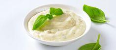 Salsa Ranch: 1 tomate, cortado en cuadritos  1 pequeño jalapeño, sin semillas y picado  1 aguacate grande, pelado y picado  1/3 taza de cilantro, lavado y picado  2 dientes de ajo, pelados  2 cucharadas de jugo de limón  1/2 cucharadita de sal  1/2 cucharadita de pimienta  2 cucharaditas de perejil seco  1 cucharaditas de cebollino seco  1/2 cucharaditas de eneldo seco  1/2 cucharadita de pimentón ahumado  1 cucharadita de vinagre blanco  1/2 taza de mayonesa  1/2 taza de crema agria o ...