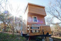 """Este """"pequeño proyecto"""", como lo llama su creador Alek Lisefski, es una vivienda construida sobre ruedas. Una casa rodante muy bien desarrollada como puede"""