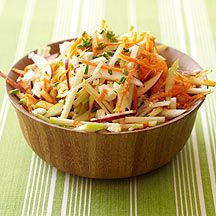 Weight Watchers Recipe - Apple and Carrot Salad. This fruity spin on slaw is delicious. Buy the season's best apples and, for convenience, a bag of precut, thickly shredded carrots. 2 points/serving