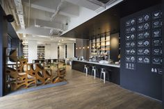 Variable Wonderful Space - UnderlineCafe / LYCS Architecture