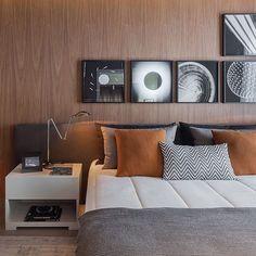 Você tem um pai moderno e contemporâneo? Então este quarto é inspirado nele! Com um clima clean, cores neutras e uma decoração urbana. João Armentano (@joaoarmentano) escolheu materiais que propõe elegância em um ambiente chique e descolado, perfeito para o seu pai!  #quartosetc #mostraquartosetc #especialdiadospais #bestoftheday #contemporaneo #moderno #decor #decoracao #decorating #decoration #decorstyle #design #designdeinteriores #detail #detalhes #diadospais #homedecor #ideias…