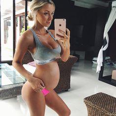 Hannah Polites.. #stylethebump #fitbump #babymoon #29weeks