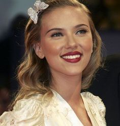 Scarlett's old Hollywood glamour look - Fashion and Love