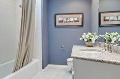 Nice blue bathroom